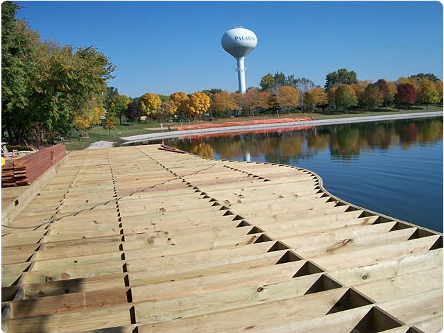 Twin Lakes Golf Course Recreation Deck